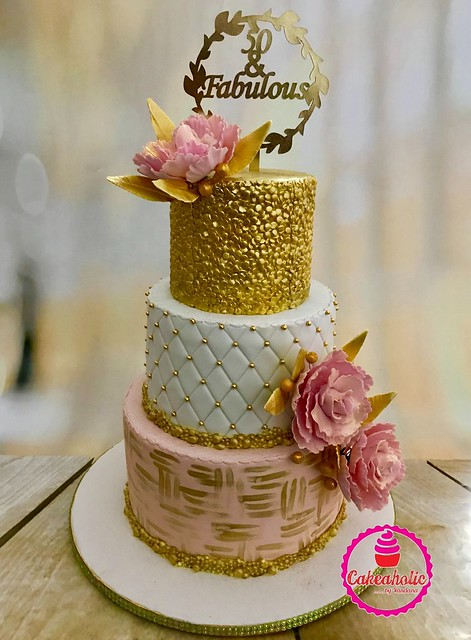 Cake from Vandana Chawla of Cakeaholic by Vandana