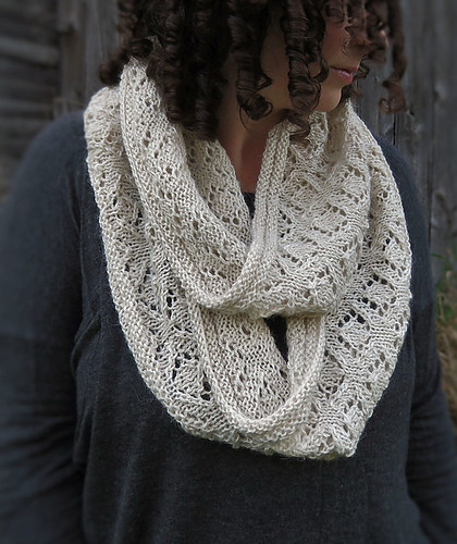 Queen Mab Cowl by Kelly McClure is free until January 15, 2019