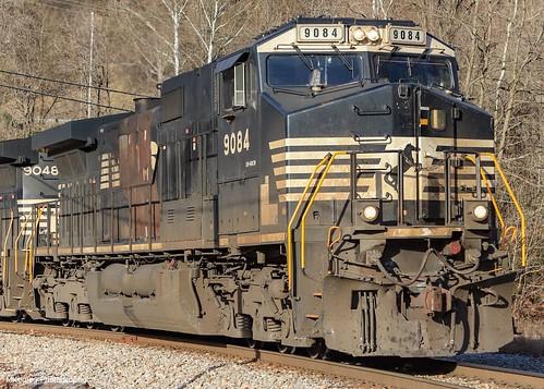 NS U48 in Appalachia, VA getting ready to make tracks to Norton