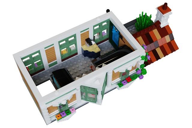 Bricks & Blooms - Level 3