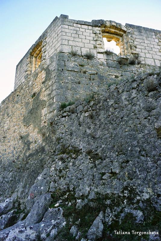 Угол крепостной стены в Верхнем городе