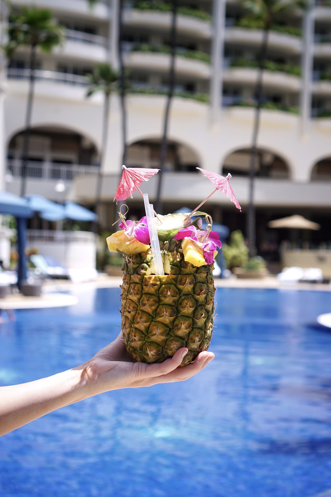 Pretty Pineapple Cocktail Drink Hotel Pool Fairmont Kea Lani BEST Hotel in Maui Where to Stay on Maui Hawaii