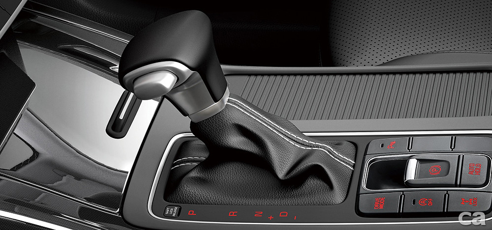 2.Sorento改為全新8速手自排變速系統,以更多檔位放大柴油引擎的動力精華區間,絕佳的親民價格,旗艦SUV的超高CP值,直接入侵國產價格帶。