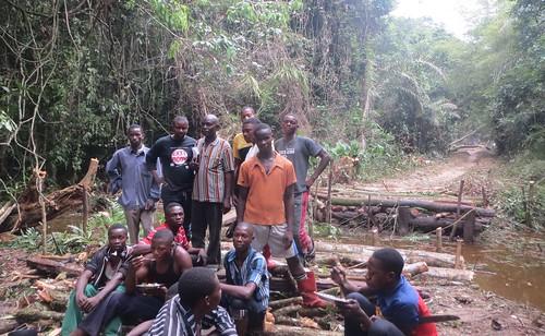 Bangengele bridge repair in south