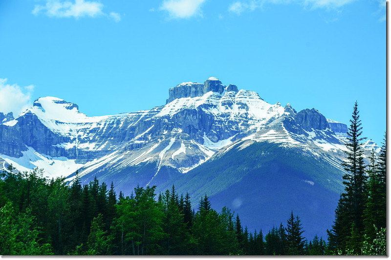 The scenery along  AB-93 N(Icefields Parkway) (10)