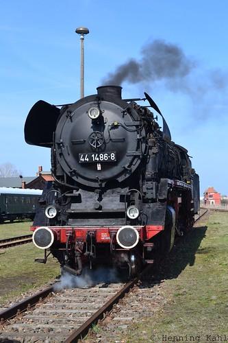 44 1486-8 im Bw. Staßfurt
