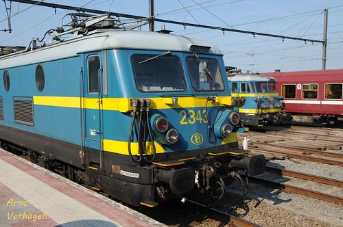 2011 | NMBS 2343 en 2633 te Aarschot