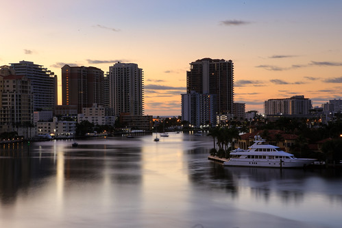 fortlauderdale fortlauderdaleflorida fortlauderdaleskyline intercoastalwaterway intercostal sunset kayaking