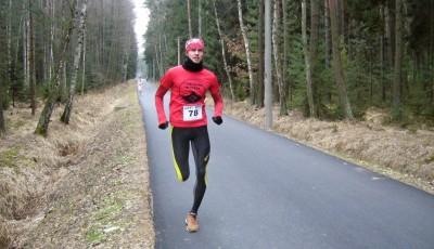 Zimní závod HaKi Runu vyhráli Zoubková a Poledník