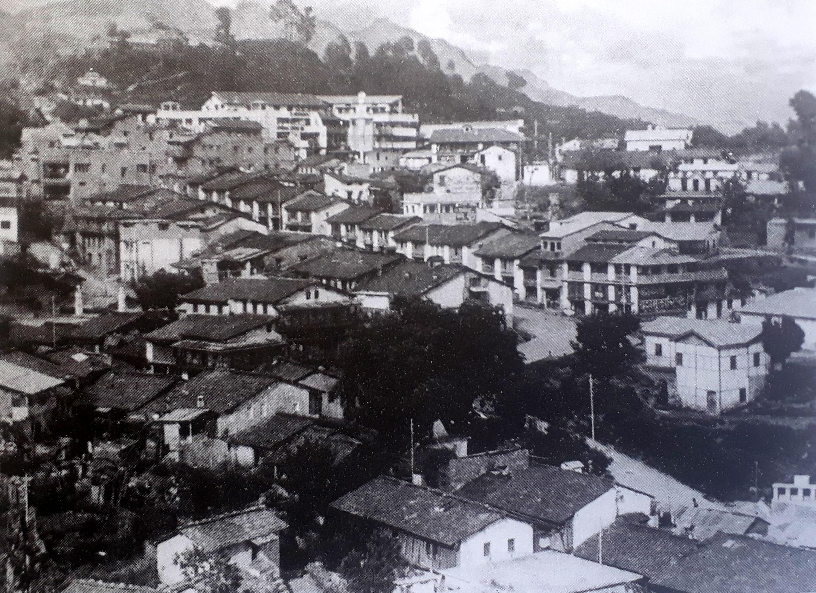 पुराना पिथौरागढ़ (सोर) का दृश्य