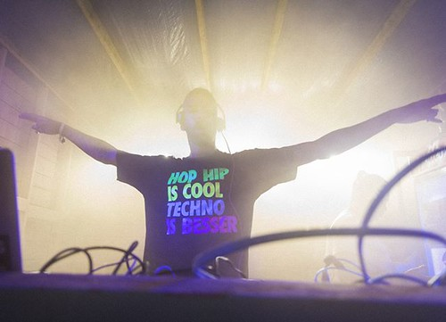 #hiphopiscool #technoisbesser @harrisberlincity @feelfestival #iamjohannes