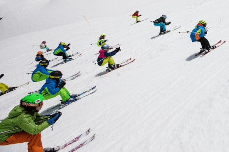 Fotr je debil aneb teenageři na lyžích