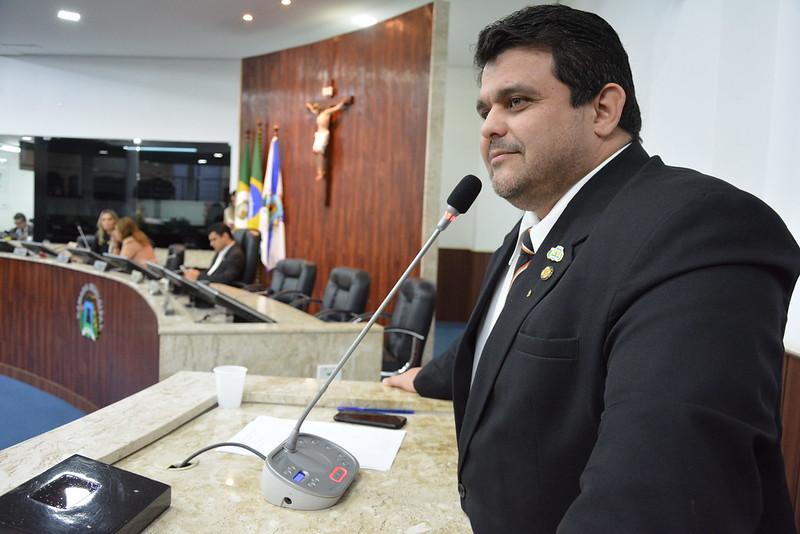 Jorge Pinheiro (DC)