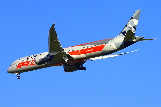 Etihad Boeing 787-9 Dreamliner, Canon EOS 7D, Sigma 50-500mm f/4-6.3 APO HSM EX