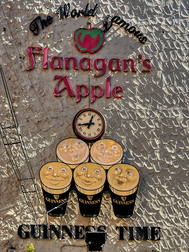 "Flanagan's Apple - Liverpool | by ""Alive and Clicking!""- 2 Mill. Thanks"