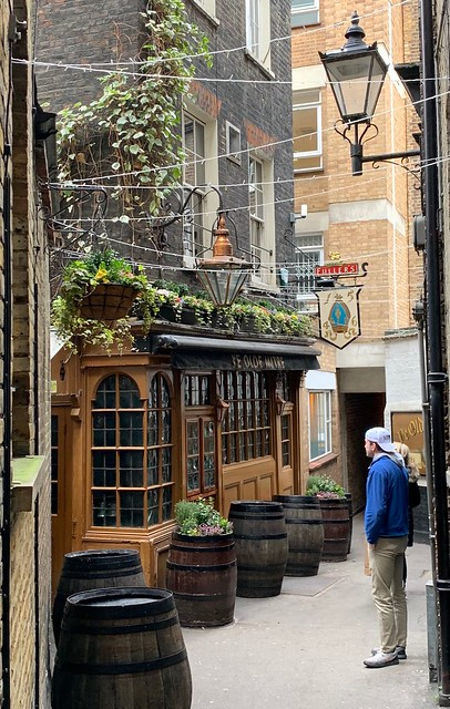 2019 London - Day 10 - Pub Crawl - Ye Old Mitre