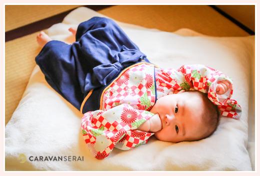 お食い初め 女の子赤ちゃん 着物風ロンパースでコーデ