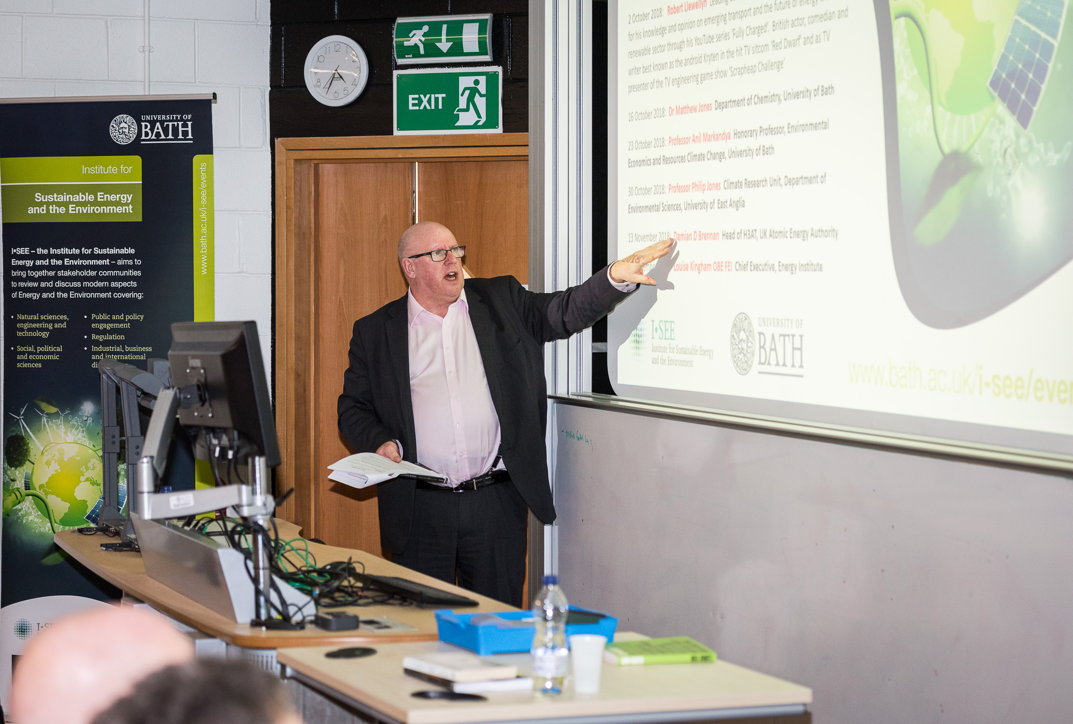 Professor Tim Mays speaking at the I-SEE seminar 'The World We'll Leave Behind: grasping the sustainability challenge' in February 2018