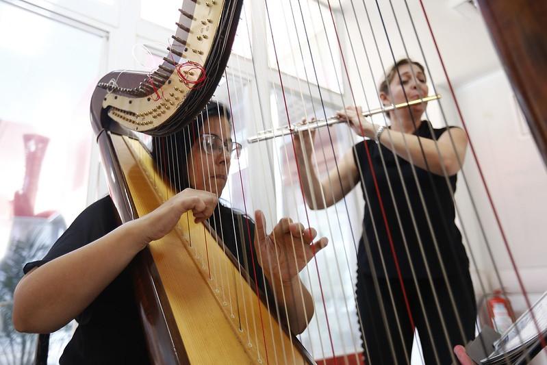Orquestra sinfônica encanta pacientes e servidores na UPA de Ceilância