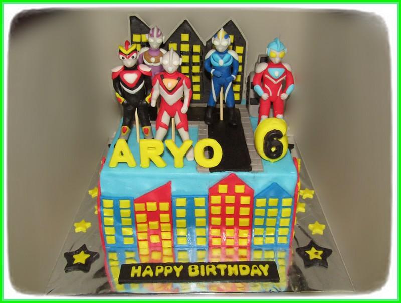 Cake Ultraman ARYO 18 cm
