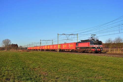 CT 1618 + trein 51051 te Kelpen-Oler