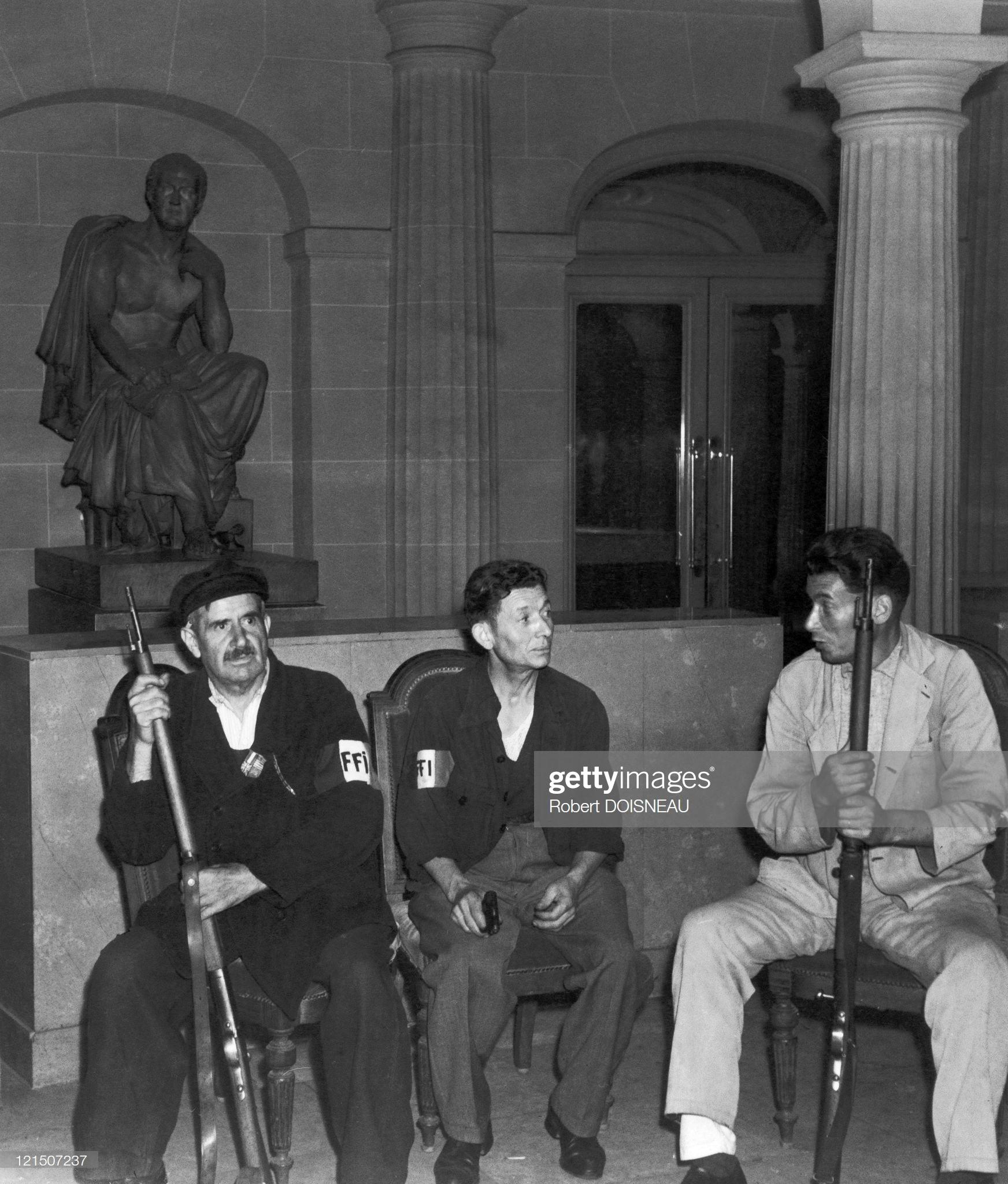 1944. Рабочие сцены в Комеди Франсэз