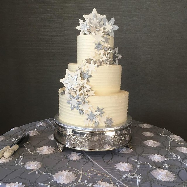 Snow Flakes Cake by Hurst Bakery
