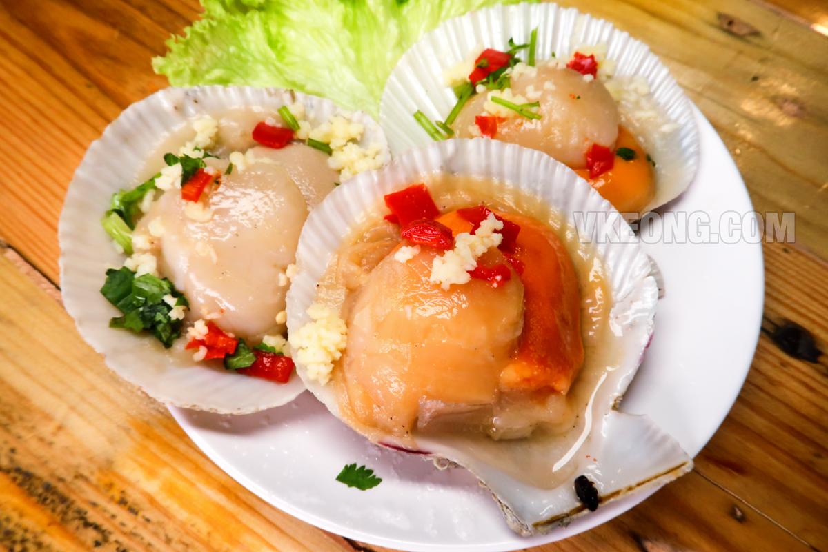 Talaykrata-Seafood-BBQ-Publika-Giant-Scallops