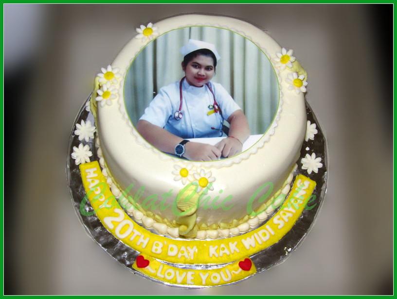 Cake Edible Foto Kak WIDI 15 cm