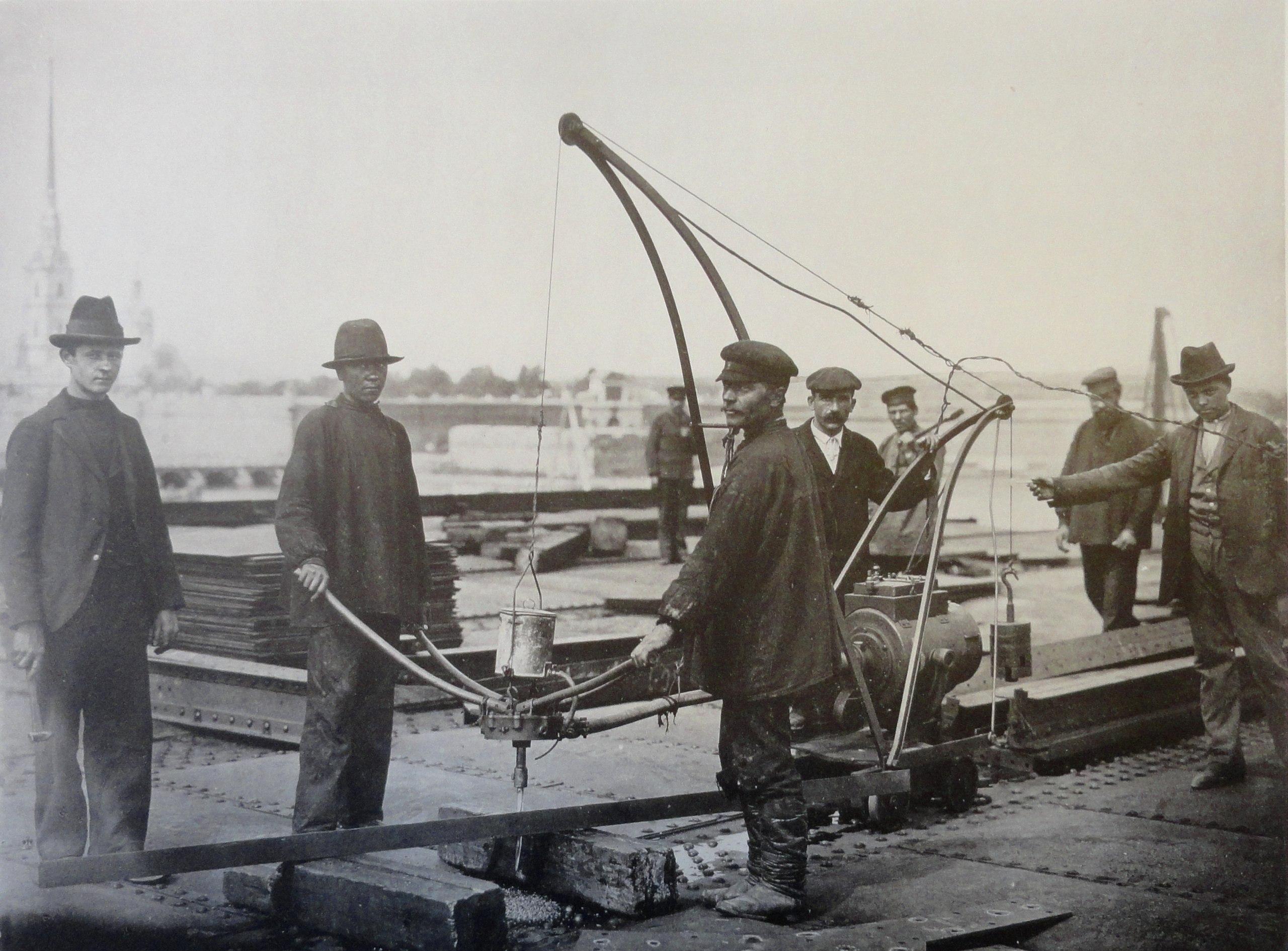 1901. Электрическая сверлильная машинка. 2 июня