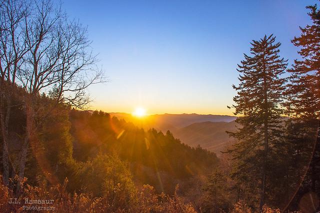Smoky Mountain Sunrise - Newfound Gap Overlook - GSMNP