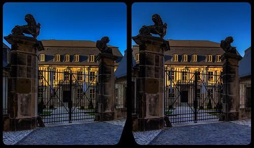 Domplatz Halberstadt 3-D / Kreuzblick / Stereoskopie