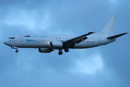 OE-IAZ_B734_ASL Airlines Belgium