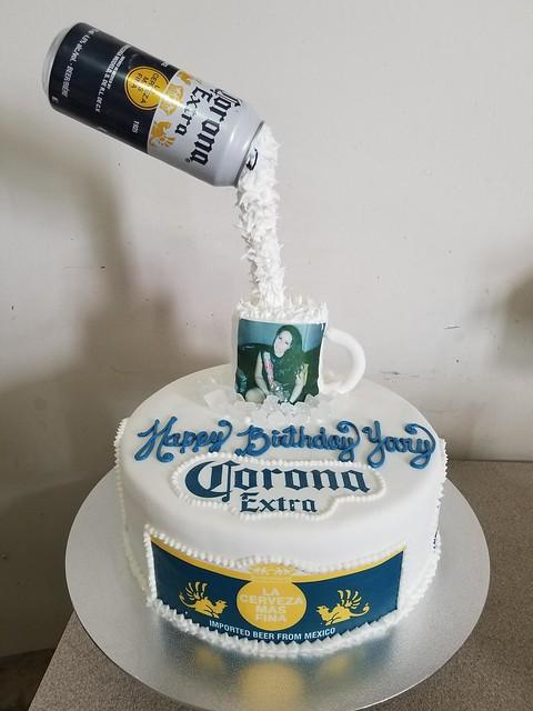 Cake by Yunia Sanchez