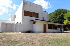 Bazoches-sur-Guyonne - Maison Louis Carré - Photo of Millemont