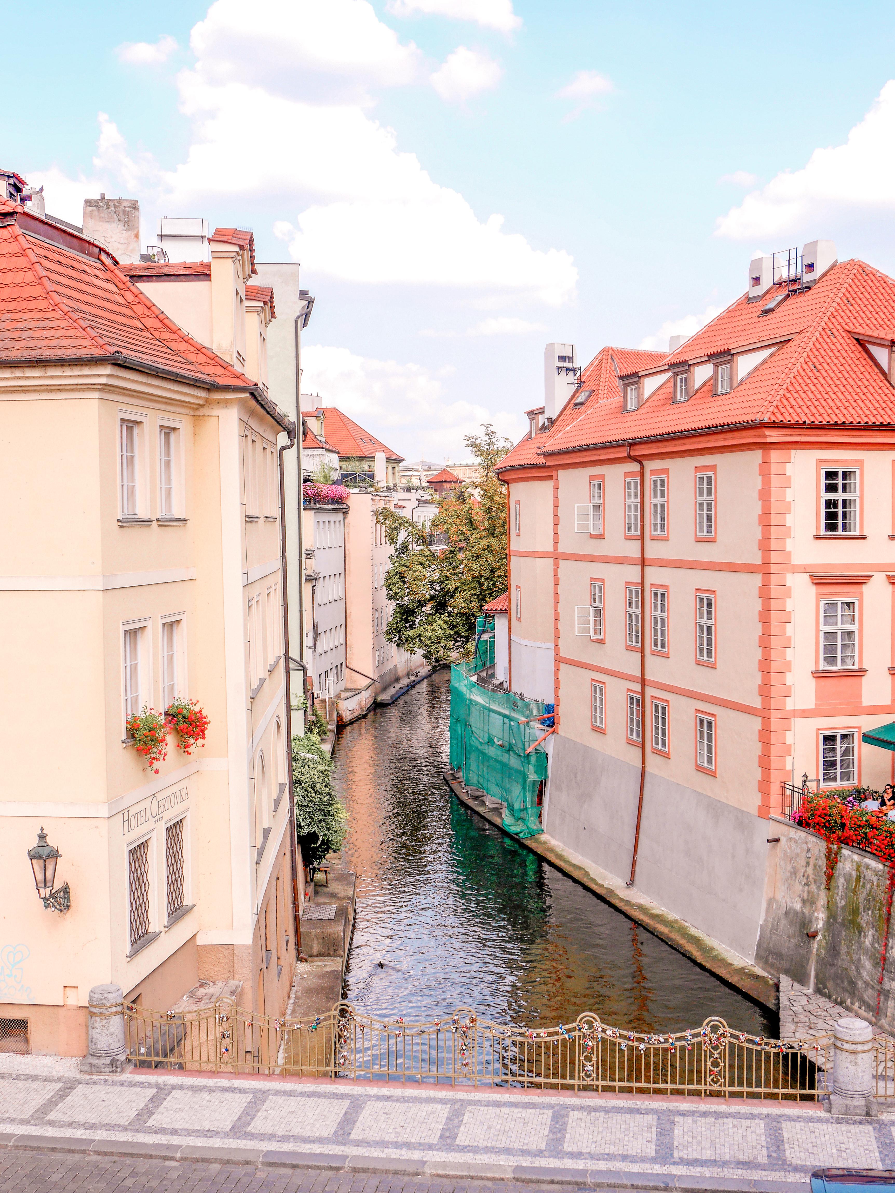 Praha joki