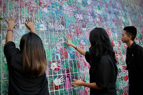 Students  contribute to the wall - 9 of 22