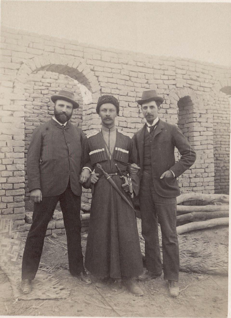 Мерв, Денисов (в центре), Лорин (слева) и я (справа)