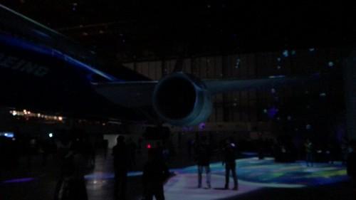 FLIGHT OF DREAMS プロジェクションマッピング 1階 FLIGHT PARKから 8EBD13D7-C3A2-4122-A5C0-EFDF4CE29358