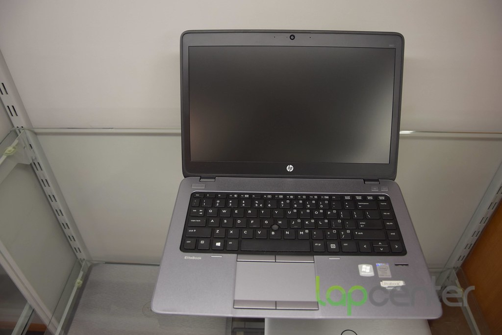 HP ELITEBOOK G1 I5 8 GB RAM 180 GB SSD WIN10