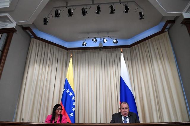 Rússia pede diálogo para evitar intervenção estrangeira na Venezuela