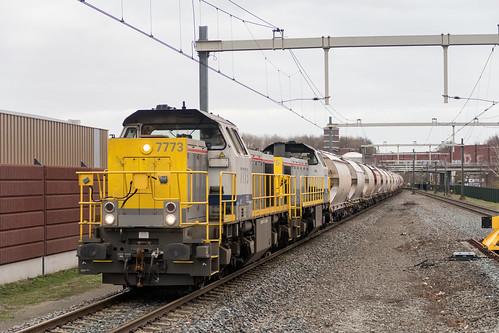Lineas 7773 en 7775 met Dolime te Amersfoort Vathorst, 2 januari 2019