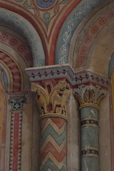 Chapiteaux peints (XIXe), église romane Saint Martin (XIIe), Arces, Saintonge, Charente-Maritime, Nouvelle-Aquitaine. - Photo of Grézac
