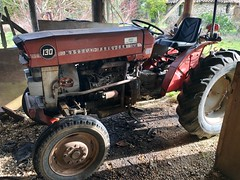 Tractor - Photo of Margueron