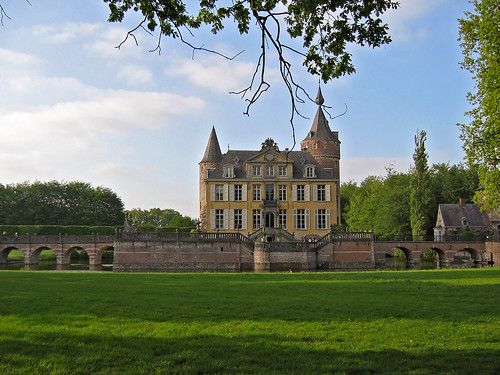 Romantic Gravenwezel Castle, locally known as Kasteel 's-Gravenwezel, lies east of the village with the same name, just north-east of the city of Antwerp, in the province of Antwerp, Belgium
