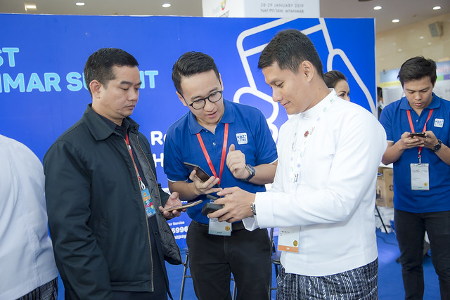 Networking @ Invest Myanmar Summit 2019