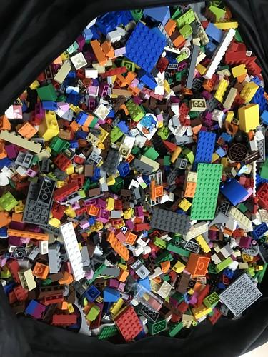 Taller LEGO con jóvenes universitarios