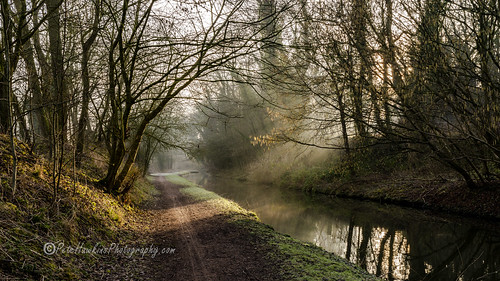 _IMG2100 Chesterfield Canal (In Explore)