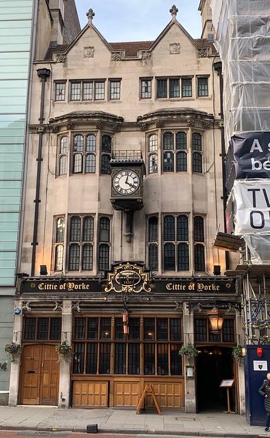 2019 London - Day 10 - Pub Crawl - Cittie of Yorke