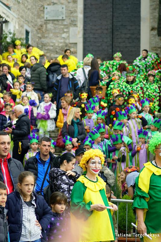 Группы Детского цветочного шествия